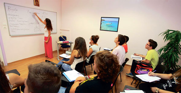 Αποτέλεσμα εικόνας για Και φέτος θα λειτουργήσει το Κοινωνικό Φροντιστήριο στο Δήμο Αρταίων
