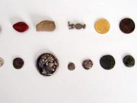 Συνελήφθησαν τέσσερις αρχαιοκάπηλοι – Εντυπωσιακά τα ευρύματα που κατασχέθηκαν