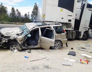 Τζιπ συγκρούστηκε με νταλίκα – Κι όμως… σώθηκαν από θαύμα οι επιβάτες