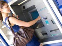 Υποκλοπή στοιχείων από κάρτες – Σε αντικατάσταση έως 15.000 καρτών προχωρούν οι τράπεζες