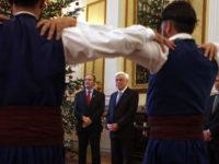 Mαντινάδα για τον Ερντογάν στον ΠτΔ από τον Όμιλο Βρακοφόρων Κρήτης