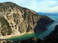 Το επίκεντρο της κοιλάδας του Αχελώου ιδού ο παραδεισένιος τόπος εξορίας