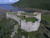 Το κάστρο του Αλή Πασά με τη μοναδική θέα το Ιόνιο και τον Αμβρακικό