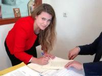 Το Σύμφωνο συμβίωσης της Νίκης Φούντα με τον Ηπειρώτη δημοσιογράφο