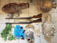 Συλλήψεις για κατοχή αρχαίων, ναρκωτικών και όπλων στη Λευκάδα