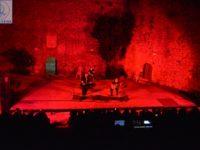 Μοναδικές μελωδίες ακούστηκαν στο θέατρο Κάστρου Άρτας – Λ. Μαχαιρίτσας – Π. Μάργαρης