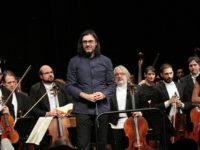 Κρατική Ορχήστρα Αθηνών και Λεωνίδας Καβάκος στο Αγρίνιο