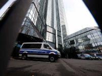Έφοδος των διωκτικών Αρχών στη Deutsche Bank για ξέπλυμα μαύρου χρήματος
