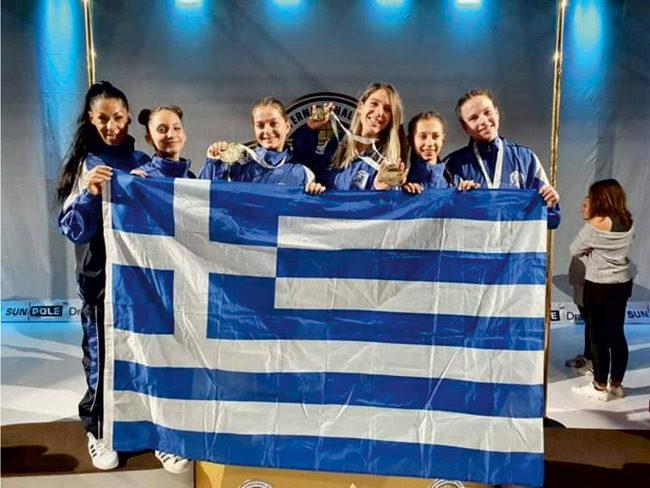 Δύο χρυσά και δύο χάλκινα για την Ελλάδα στο ετήσιο παγκόσμιο πρωτάθλημα pole & aerial sport
