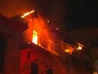 Πυρκαγιά εκδηλώθηκε σε τριώροφη κατοικία