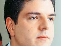 Γιώργος Αναγνωστόπουλος 33 χρονών, πρωταθλητής μπιλιάρδου, γιος πρώην υπουργού και από σήμερα βουλευτής