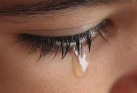 Σύγχρονο κοινωνικό «δράμα» οι αυτοκτονίες και στην περιοχή μας – 53χρονη έκοψε τις φλέβες της