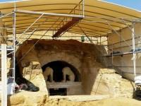 Η ώρα της μεγάλης αποκάλυψης έφτασε στην Αμφίπολη: Μπαίνουν στον τέταρτο θάλαμο