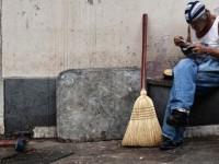 Δυστυχώς επτωχεύσαμεν: 6.300.000 Έλληνες είναι φτωχοί ή απειλούνται από τη φτώχεια