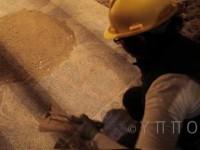 Εξαιρετικό  βίντεο του υπ.Πολιτισμού από την αποκάλυψη του ψηφιδωτού της Αμφίπολης. Βρέθηκαν και τα φτερά των Σφιγγών, αλλά δεν υπάρχει 4ος θάλαμος