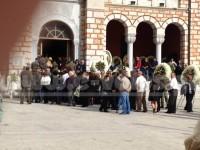 """Σε κλίμα οδύνης οι κηδείες των τριών στρατιωτών που """"έπεσαν"""" σε άσκηση στα Γλαφυρά Μαγνησίας"""