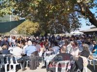 Γιορτή κάστανου και Τσίπουρου στη Ροδαυγή Άρτας – Οι επισκέπτες  κατέκλυσαν και φέτος την πλατεία