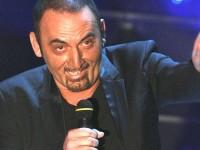 Η στιγμή που ο Ιταλός τραγουδιστής αφήνει την τελευταία του πνοή πάνω στη σκηνή