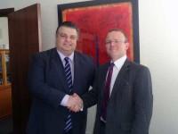 Νίκος Καραπάνος, συνάντηση με τον Πρέσβη της Μεγάλης Βρετανίας