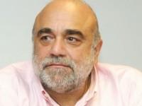 Πέθανε ο Ντέμης Ρούσσος