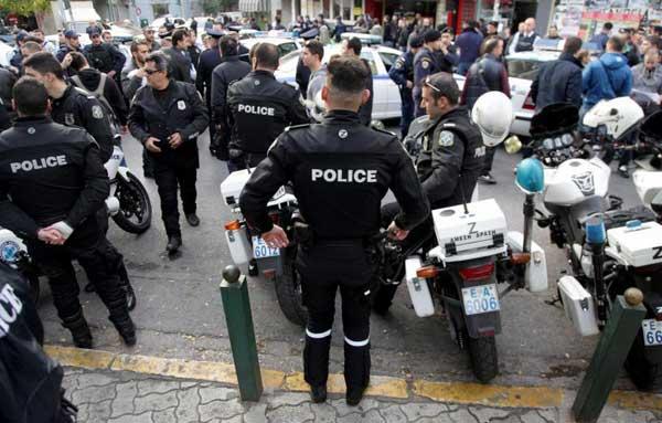 Αποδεσμεύονται 1500 αστυνομικοί από προσωπικές φρουρές