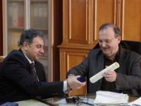 """Συνάντηση  Αν. Υπουργού Κοινωνικών Ασφαλίσεων κ. Δημήτρη Στρατούλη με τον Πρόεδρο της ΕΣΕΕ – Προτάσεις """"ανάσα"""" για τους ασφαλισμένους του ΟΑΕΕ"""