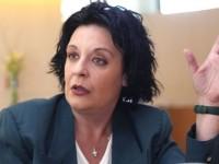 Εκτός ελέγχου κατέθεσε στο δικαστήριο η Λιάνα Κανέλλη –  Δέχτηκα τέσσερις μπουνιές αλλά δεν έπεσα κάτω