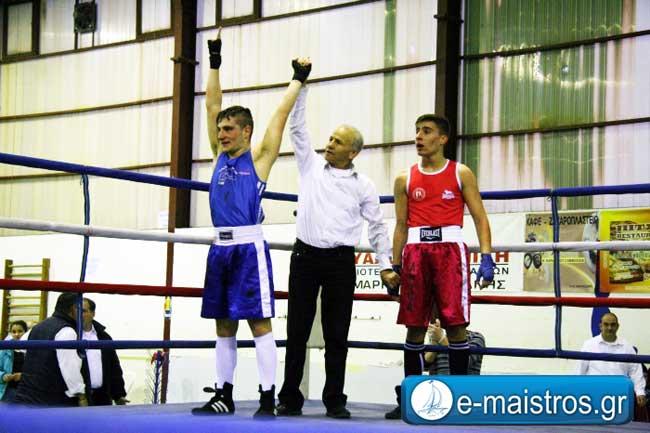 Καταπληκτικό θέαμα στο πανελλήνιο πρωτάθλημα πυγμαχίας που ξεκίνησε χθες στην Αμφιλοχία