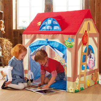Τα παιδιά της Άρτας χαρίζουν παιχνίδια σε συνομηλίκους τους