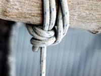 Αυτοκτονία συγκλονίζει το Ευηνοχώρι – Κρεμάστηκε σε ελιά