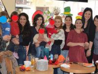 Κοπή πίτας από την Ομάδα Εθελοντών και Υποστηρικτών Μητρικού Θηλασμού και Μητρότητας Αιτωλοακαρνανίας
