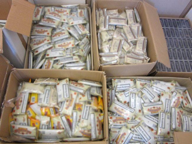 Συνελήφθη 27χρονος με 7.940 πακέτα τσιγάρων και 2.210 συσκευασίες με καπνό