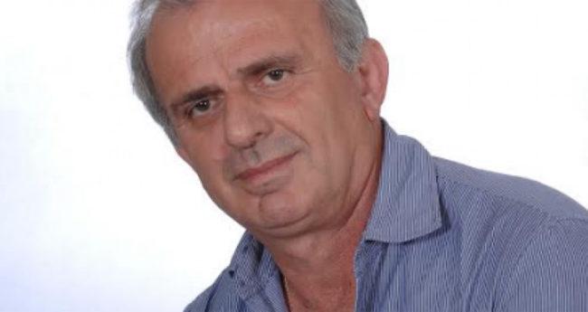 """Ο επικεφαλής της """"Επιμελητηριακής Ανανέωσης """"και υποψήφιος πρόεδρος Γιώργος Σωτηρόπουλος, απαντάει σε ερωτήσεις εφ'όλης της ύλης."""
