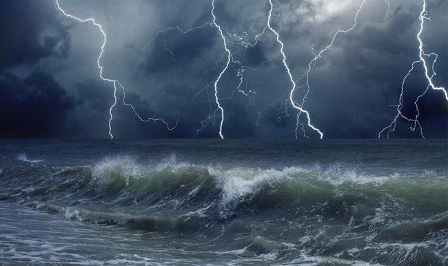 Καιρός: Ραγδαία επιδείνωση, πού θα εκδηλωθούν καταιγίδες, κίνδυνος για πλημμύρες
