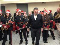 Χριστουγεννιάτικα κάλαντα στο Δήμαρχο και στην πόλη της Αμφιλοχίας