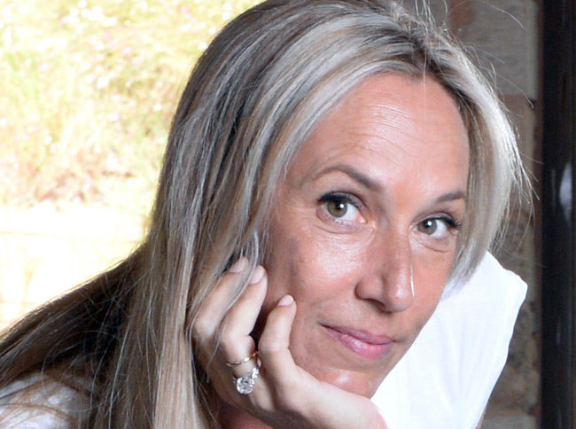 Πηνελόπη Κουρτζή- Συνέντευξη στην  Κατερίνα Σχισμένου