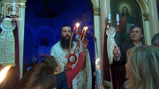 Με ιδιαίτερη λαμπρότητα εορτάστηκε η Ανάσταση του Κυρίου στον Άγιο Αθανάσιο Αμφιλοχίας