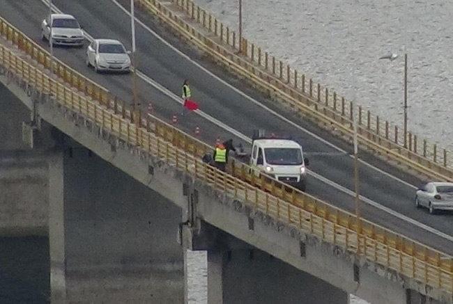 Κοζάνη: Βγήκε από το ταξί και έκανε βουτιά θανάτου στη γέφυρα των Σερβιών