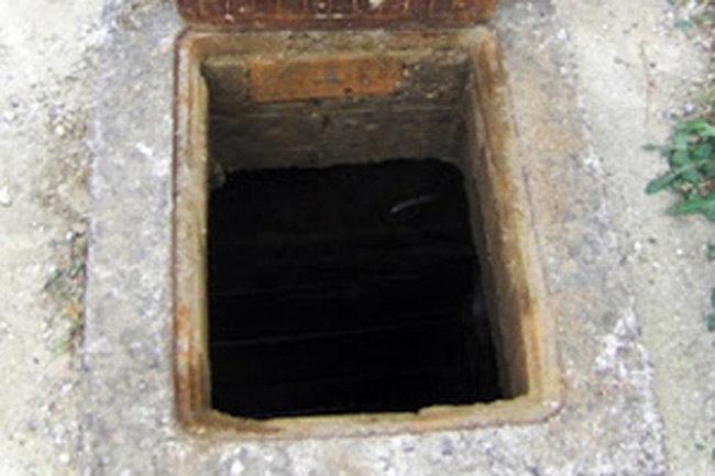 Τραγωδία στην Πάτρα: Πατέρας και γιος έπεσαν σε φρεάτιο