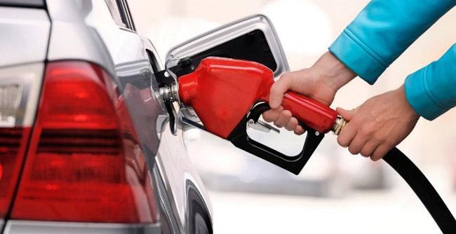 Επικίνδυνη βενζίνη σε 20 πρατήρια στην Αθήνα – Άφαντος ο Κύπριος εγκέφαλος