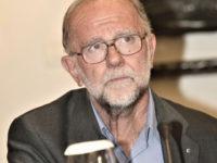 Πέθανε ο διάσημος σχεδιαστής Γιάννης Τσεκλένης