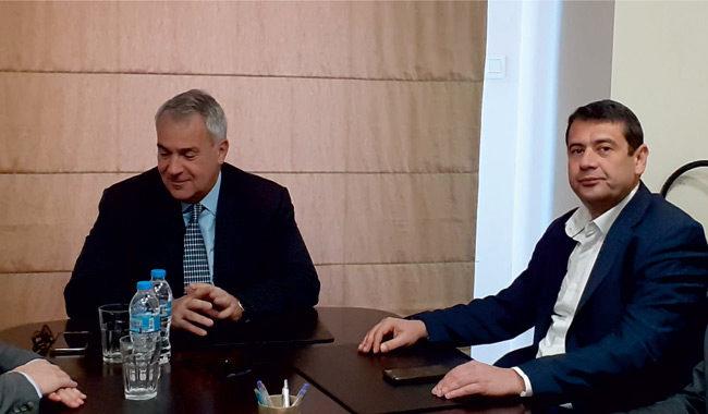 Τα προβλήματα στον αγροτοκτηνοτροφικό κλάδο έθεσε ο δήμαρχος Αμφιλοχίας Αμφιλοχίας Γ. Κατσούλας στον υπουργό Μ. Βορίδη