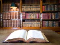 Δημιουργία Βιβλιοθήκης και πολύ σημαντική δωρεά βιβλίων στον Ι.Ν. Αγίου Αθανασίου