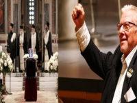 Κώστας Βουτσάς: Το τελευταίο χειροκρότημα στον σπουδαίο ηθοποιό