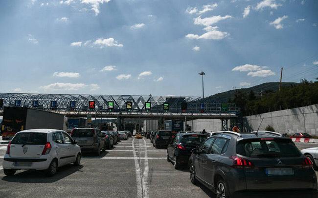 Βγαίνει νέα απόφαση για την μετακίνηση εκτός νομού, σκληραίνει τα μέτρα η κυβέρνηση