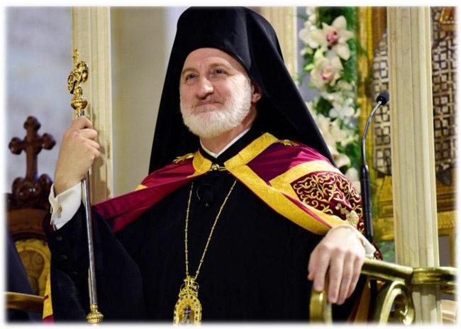 Ο Αρχιεπίσκοπος Αμερικής, Ελπιδοφόρος τάσσεται σε άλλη γραμμή από την Ιερά Σύνοδο για τη Θεία Κοινωνία και τις λειτουργικές συγκεντρώσεις