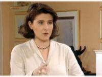 Πέθανε η «Ντορίτα» από το «Ντόλτσε Βίτα» – «Έφυγε» στα 49 της η Κατερίνα Ζιώγου