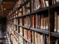 Αυτοί που μας κλέψαν το βιβλίο από το χέρι, μας κατηγορούν ότι μείναμε αδιάβαστοι…