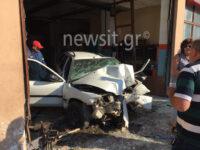 Σοκαριστικές εικόνες από το διαλυμένο αυτοκίνητο στην Πάτρα