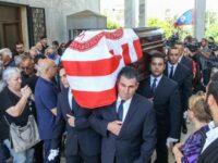Το ελληνικό ποδόσφαιρο αποχαιρέτησε το Νίκο Αλέφαντο –  Σε κλίμα συγκίνησης το «τελευταίο αντίο»